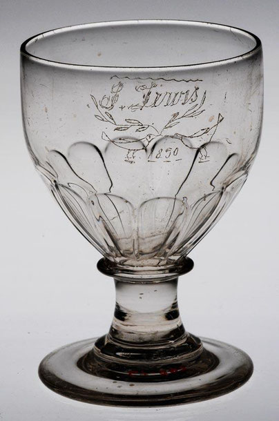 Cock fighting commemorative glass rummer