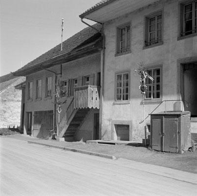Schweizerische Gesellschaft für Volkskunde: Fotos von Robert Wildhaber, April 1949     (SGV_04N_00690)