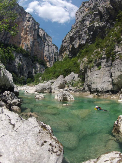 Verdon Canyon Exploration with Rafting guide