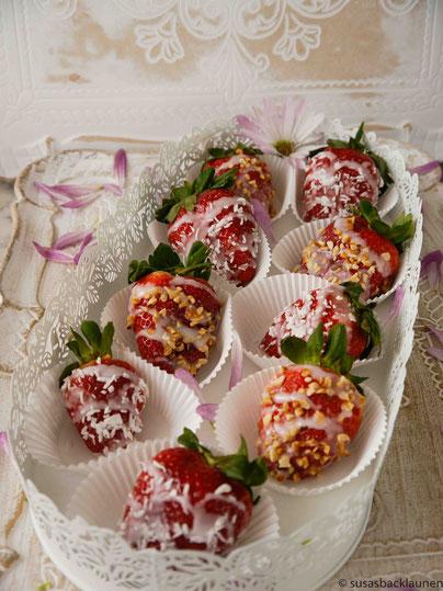 Erdbeeren mit Zuckerguss