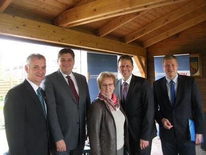Bürgermeister Günter Harders, Jens Nacke MdL, Anita Möhlmann, Jens Gieseke, Ulf Thiele MdL