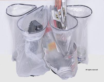 Affaldssorteringssystem Flower: affaldssortering til et skab med affaldsstativ  til boligforeninger