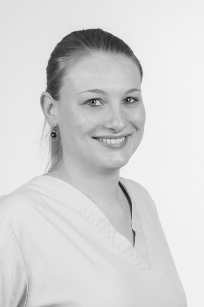 Nadine Stork – TPA bei Flint's Praxis für Kleintiere
