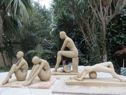 travail en cours études de nus sculpture argile nouveausculpteur