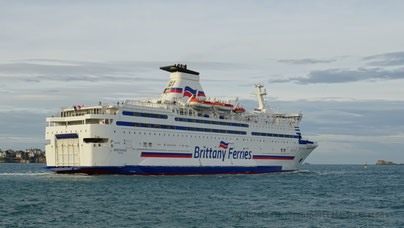 Bretagne leaving Saint-Malo, heading to Portsmouth.