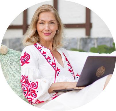 Susanna Suter Spiritual Coach Medium Blogger Spiritueller Blog