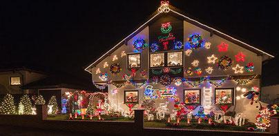 Bescherte nicht nur den Westhofenern in den vergangenen Jahren viel Freude: das Weihnachtslichterhaus in der Mozartstraße. Foto. privat