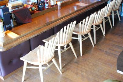 店舗用椅子 木の椅子 使用例 カフェ