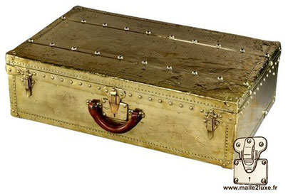 Louis Vuitton Professional Brass Suitcase very rare suitcase covered with brass to store professional equipment.