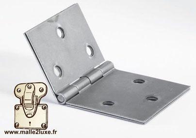 Charnière universelle acier : 50 mm x 85 mm malle construire