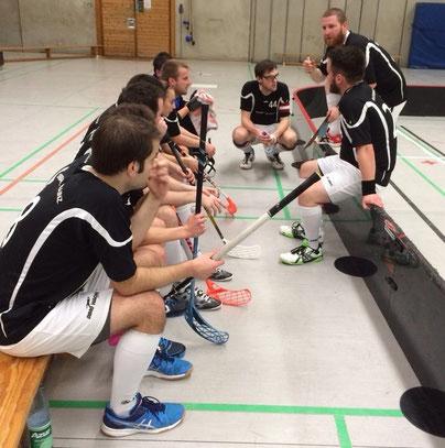 Halbzeitansprache bei Floorball Mainz