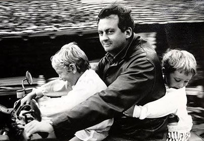 Jean-Dominique with his children before the stroke