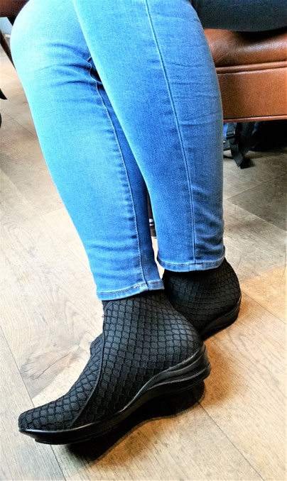 San Miguel Shoes Deutschland Modell Boot Boston in black panal