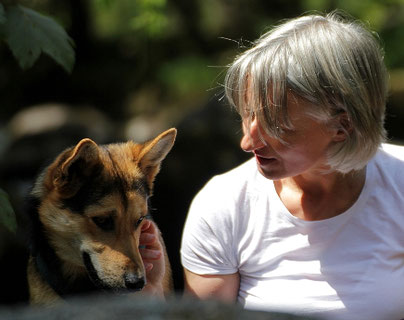 Animal Communication with INNER OCEAN Annette Voigt