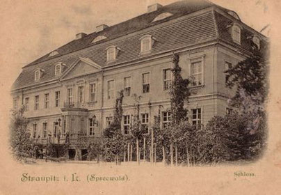 Die Gartenseite des Schlosses um 1900.