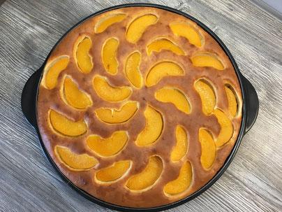 Fertig gebackener Kuchen vom Pampered Chef Grillstein
