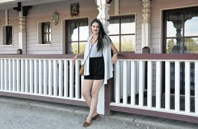 Sommeroutfit mit selbstgenähtem Top Nähblog DIY Nähen Selbstgenähte Kleidung Nähanleitungen