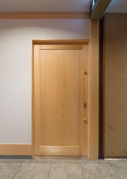 桧一枚板扉