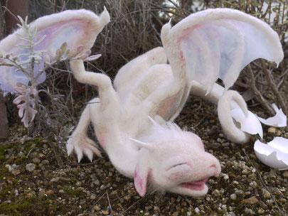 羊毛フェルト ドラゴン 赤ちゃん ベビー 孵化