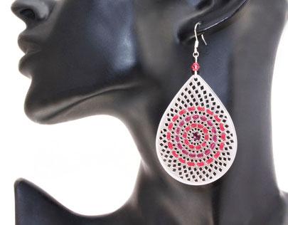 créateur bijoux- bijoux fait main- bijoux cuir- créateur bijoux cuir- création bijoux- -sarayana-handmade jewelry-leather jewelry- leather earrings