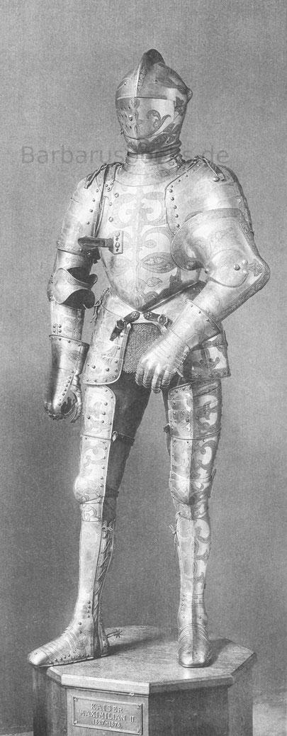 Turnierharnisch, dem Kaiser Maximilian II. zugeschrieben.