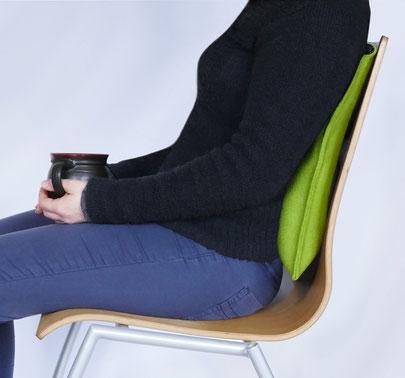das ergonomische Sitzkissen Bürostuhl Pad als Rückenkissen mit Lordose-Extra in grün