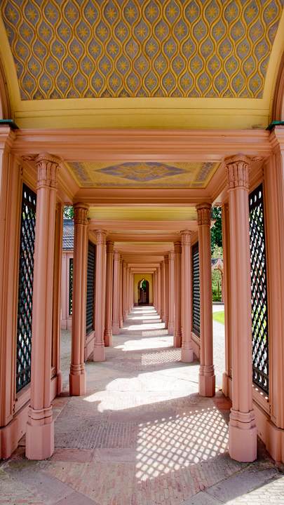 Bogengang in der Moschee(Schwetzinger Schloßpark)