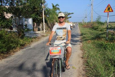 Quand on partait de bon matin...à bicyclette !