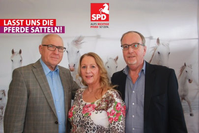 Howard, Angelika und Hartmut vor Ort in Hannover