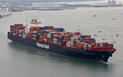 Hapag-Lloyd's 'Osaka Express' (8,749 TEU) serves point-point loops  -  pictures: HLAG