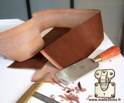 Outil main travail du cuir malle goyard