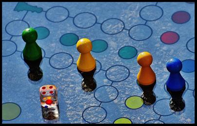 Gesellschaftsspiele im Wettkampf