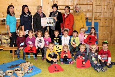 """Workshop: """"Zahlenland"""" mit Roswitha Hafen im  Kindergarten Stallhofen, finanziert von Kiwanis."""