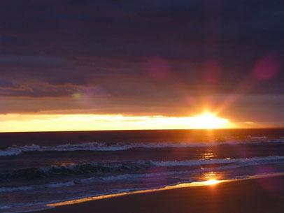 Sonnenuntergang nach einem wunderbaren Tag am Strand