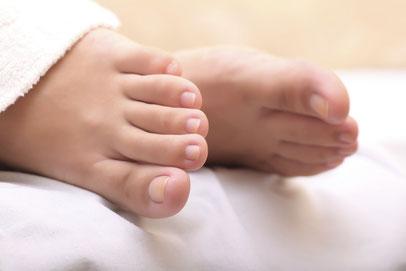 Gesunde Füße können ein Gottesgeschenk sein – oder das Ergebnis von regelmäßigen Besuchen im PODOLOGIKUM Schwabing.