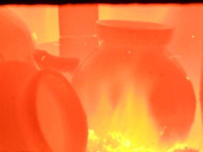 2013 窯焚き 内部の景色 炎と楽園のアート            ひみこ窯 小林夢狂