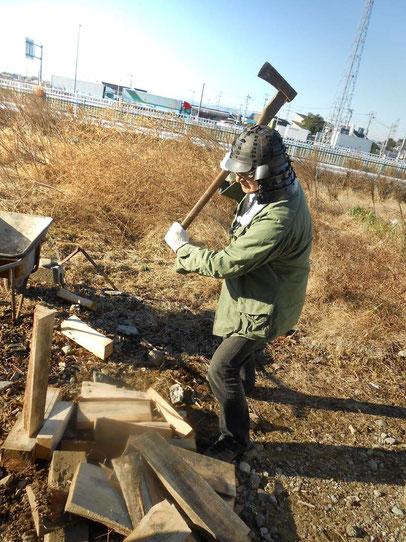 薪割り 陶芸家小林夢狂 MukyoKobayashi
