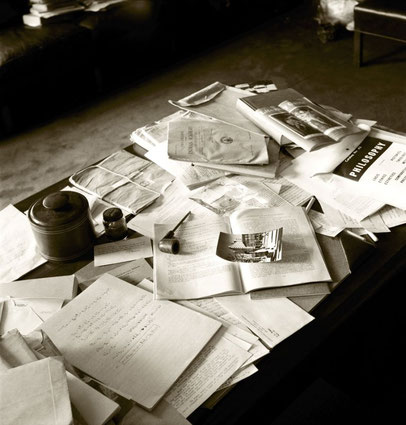 Le bureau d'Albert Einstein , 1955 ( Photo: Ralph Morse ,Life Magazine )