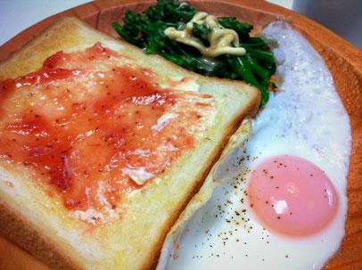 本日の朝食でした~。。。。