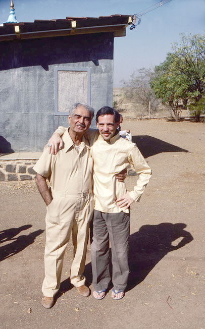 Upper Meherabad, India : Robert with Eruch Jessawala. Courtesy of the Dreyfuss Collection c/- Meher Archives
