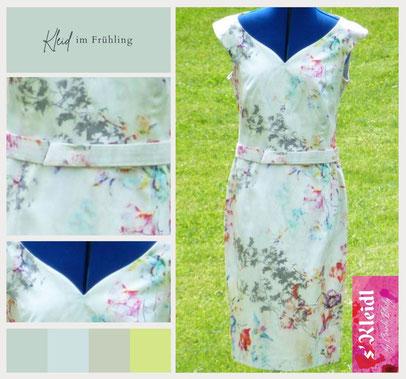 Kleid im Frühling | Blumiges Muster | Herzausschnitt