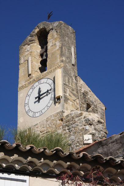 Bild: Wehrturm in Lourmarin