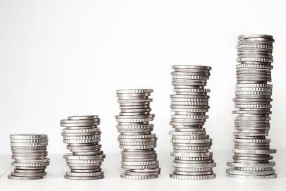 Stapel Geldmünzen silber