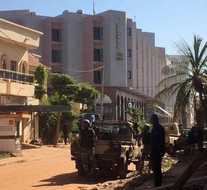Mali Radisson hotel siege ends deadly for 21 hostages, among them six V-D crew members  -  source Matin
