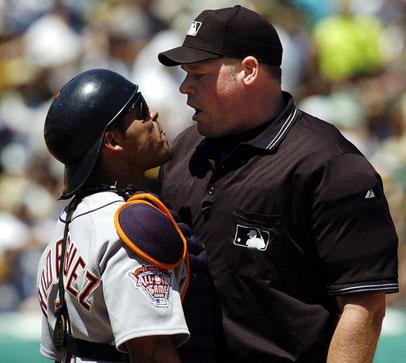 Nella foto l'Umpire Ted Barrett