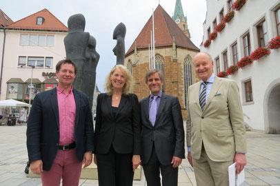 OB Thomas Thumann (links) und Ernst-Herbert Pfleiderer bei der Vorstellung der IMA 2016, Foto: Stadt Neumarkt