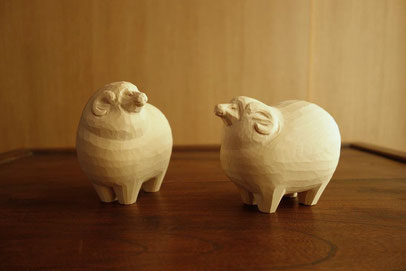 干支 羊 木彫り