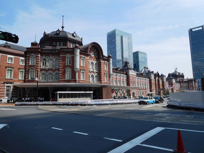 凧の美術館、東京駅