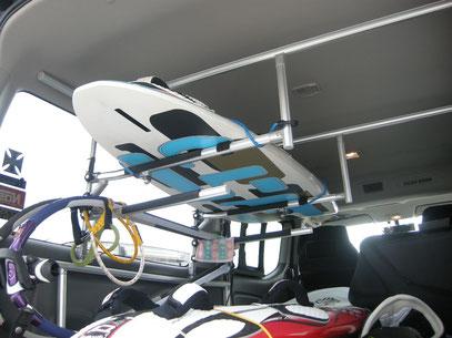 ハイエース キャラバン トランポ サーフィン