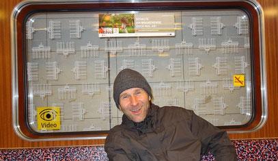 DER AUTOR auf dem Rückweg vom Wolfsmond-Konzert (c) FOTO: Felix Watt, 20.10.2011